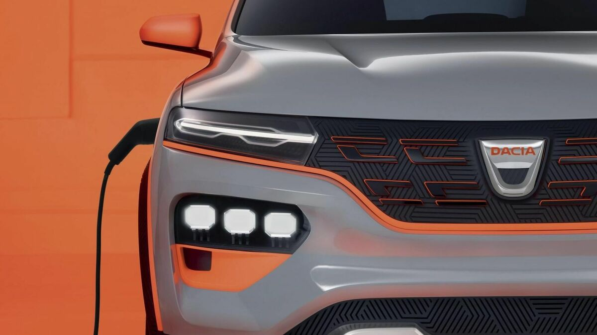 Right headlight view of the Dacia Spring Electric