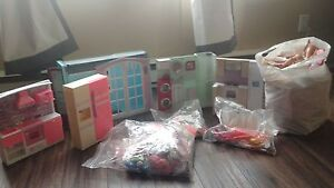 Barbie ' s / accessories / play sets