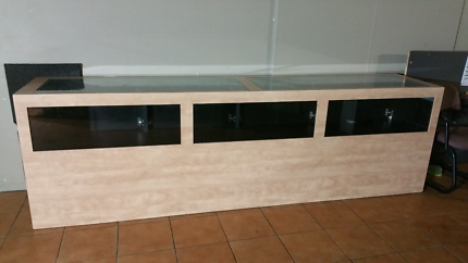Solid Display Glass Cabinet