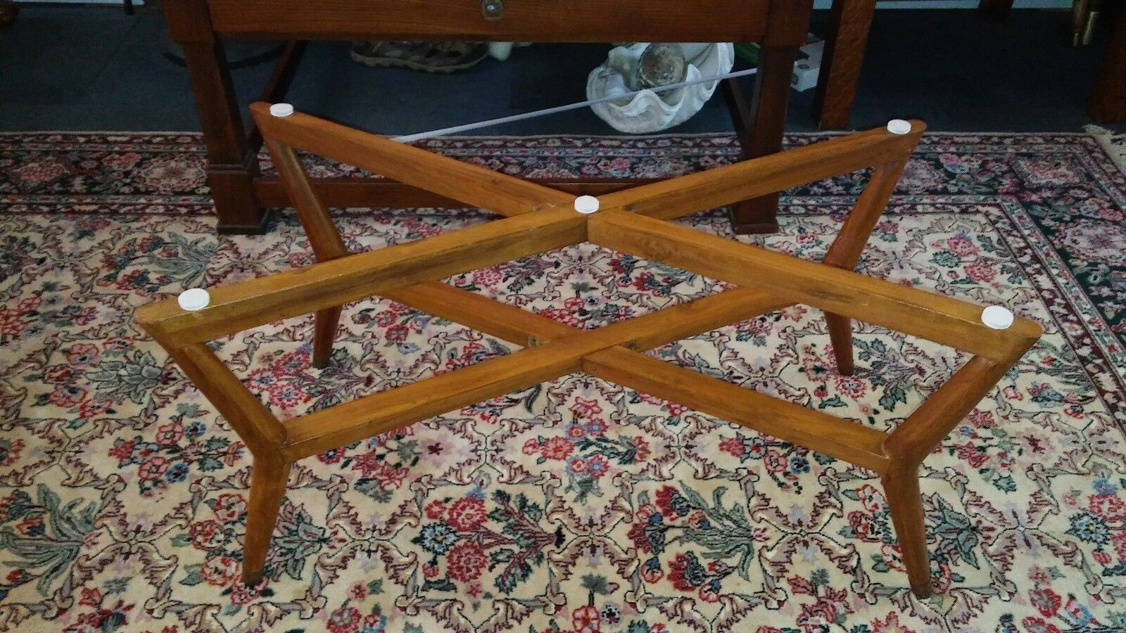 41 Oval Mid Century Etched Brass Tray Coffee Table With Folding Spider Legs Picclick