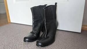 Oroton leather boots