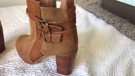 0bb181eb4e96 Chocolate brown leather Sambag boots