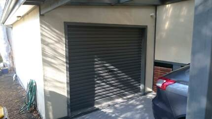 Single Garage Roller Door w/ Automatic Opener