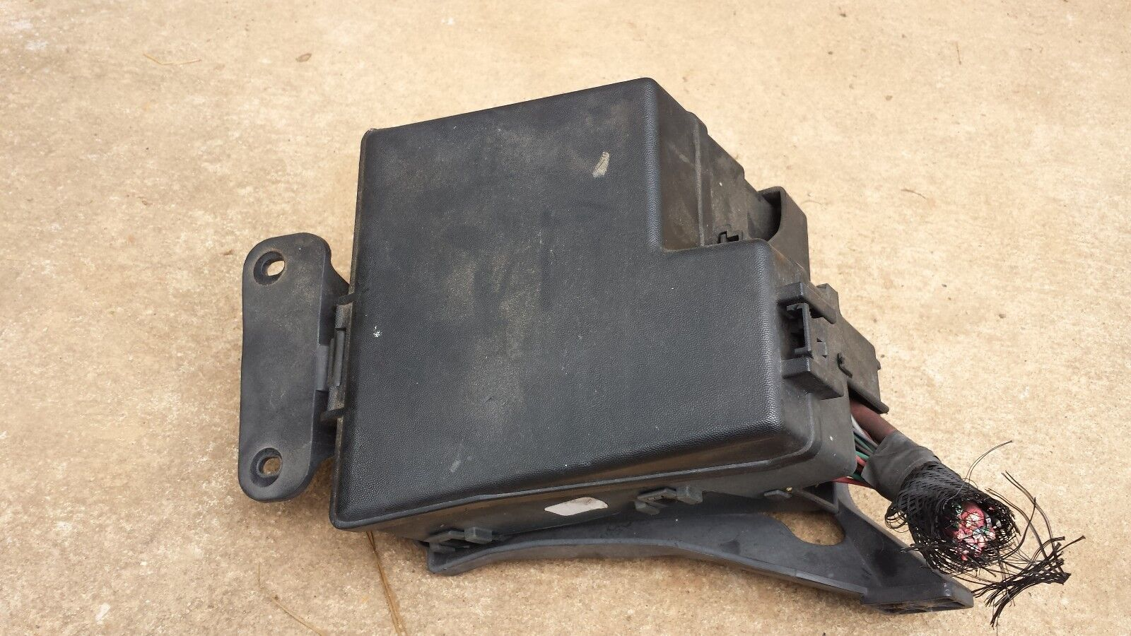 LINCOLN LS  2003 2004 2005 2006 V8 3.9 ENGINE COVER 3W43-6A949-AD 3W63-6A949-AF