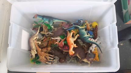 Plastic animals and dinosaurs Doreen Nillumbik Area Preview