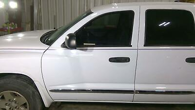 05-11 Dodge Dakota Front Left Driver Door Bright White PW7 Small Ding Very Clean