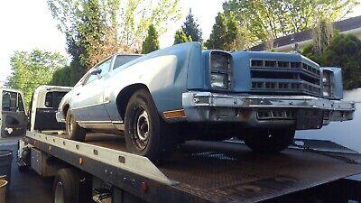 1977 Chevrolet Monte Carlo Coupe Blue  landau (NO TITLE) BILL OF SALE ONLY)