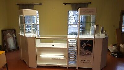 White Led Lit Jewelry Display Cases - Used