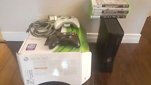 Xbox 360 slim 4gb with  5 games