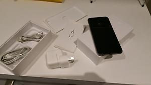 Iphone 6 64gb-**AMAZING CONDITION**-unlocked Truganina Melton Area Preview