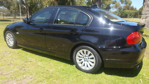 09 BMW 320i auto sedan luxury !!!