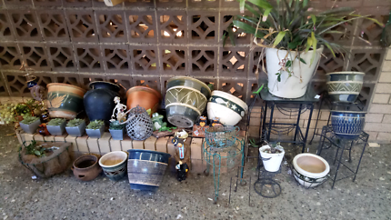 Pots stands and extras
