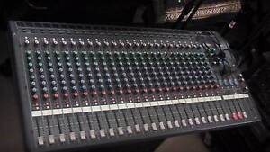 YAMAHA MX 200 24 CH. PROFESSIONAL PERFORMANCE MIXING CONSOLE. Sturt Marion Area Preview