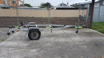Broker boat Trailer