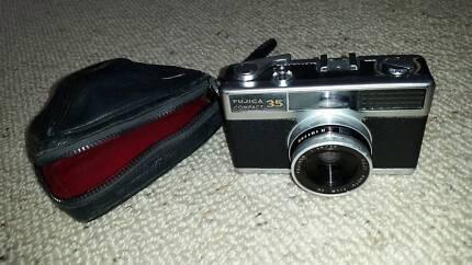 Collectable Film Camera Fujica Compact 35