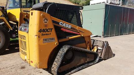 Case 440CT series 3 Compact Crawler Loader