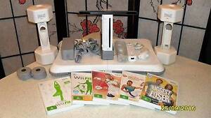 Wii Fit Game Set complete in excellent condition with accessories Aberfoyle Park Morphett Vale Area Preview