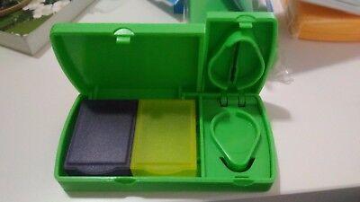 Pastillero con cortador de pastillas y 2 departamentos pill box