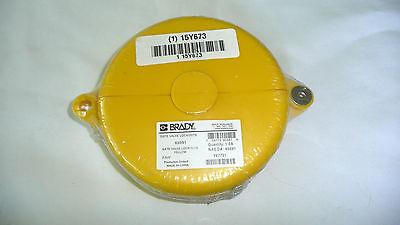 Brady Gate Lockouts 65591 Yellow 2.5 X 5 New