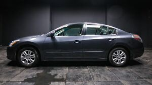 2012 Nissan Altima 2.5 S SUNROOF! POWER WINDOWS! POWER SEATS!