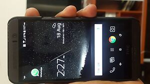 Htc one m9 network unlocked....works with any carrier