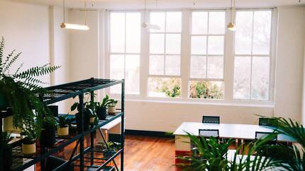 Office space & super fast internet in Surry Hills!