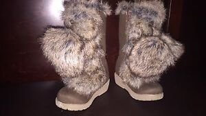 Toddler girl size 5 boots