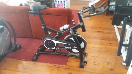 Exercise bike spin bike like new