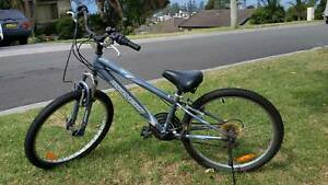 Malvern Star kids bike 5 to 10 year old
