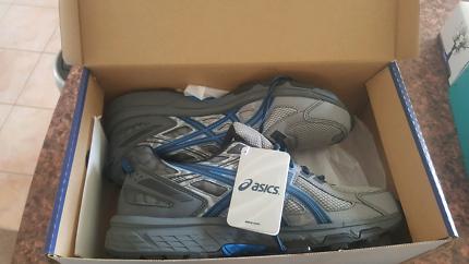 Asics mens shoes