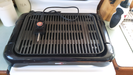Large electric grill