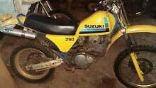 1984 SUZUKI DR 250 Booborowie Goyder Area Preview