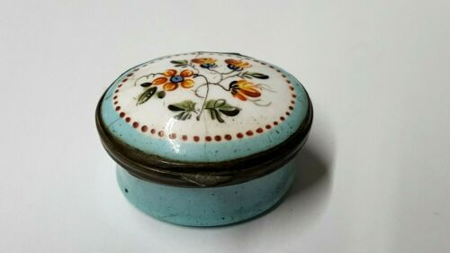 Lovely Antique Bilston & Battersea Floral Enamel Snuff/Pill Box