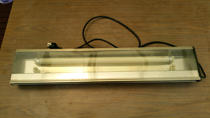 Aquarium Light Fluorescent Sunlight 18 W with 2 Starters