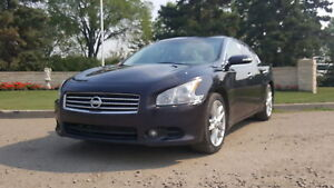 011 Nissan Maxima, SV-PKG, AUTO, FULLY LOADED, LEATHER, ROOF!