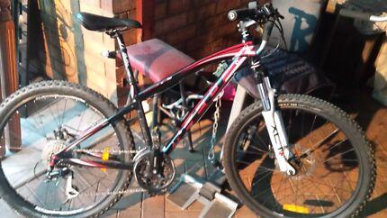 Felt q520 6061 downhill bike Paralowie Salisbury Area Preview