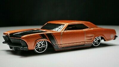 Hot Wheels 1964 Buick Riviera 1/64 Scale Diecast Diorama Rare Car PR5