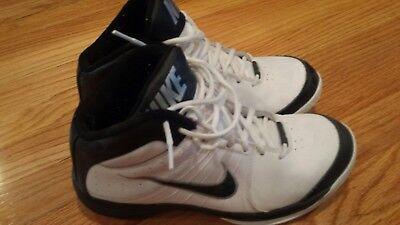 super popular 0b4e3 8f648 womens nike basketball shoes size 9.5