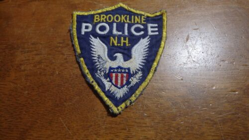 VINTAGE BROOKLINE NEW HAMPSHIRE POLICE DEPARTMENT OBSOLETE  PATCH  BX K 30