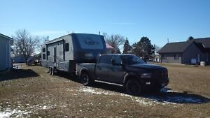 2016 Fifth Wheel with bunk house