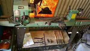 Macho wood lathe Kingston South Canberra Preview