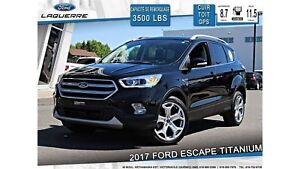 2017 Ford Escape TITANIUM**AWD*CUIR*TOIT*GPS*HITCH