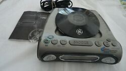 GENERAL ELECTRIC GE 7-4901 CD Player AM/FM Radio Dual Wake Digital Alarm Clock