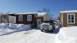 Maison - à vendre - Val-d'Or - 27175131