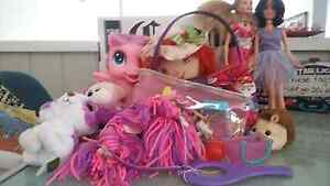 Girls toy set and free bag- must go Panorama Mitcham Area Preview