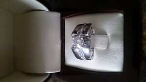 Ladies White Gold Diamond Ring - with appraisal papers