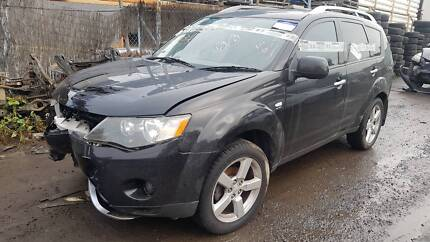 Mitsubishi Outlander ZG 2008 Auto - Now Wrecking (parts)