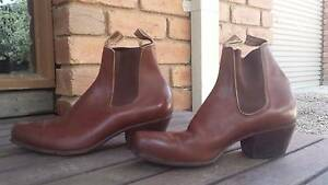 RM Williams Craftsman Yearling Boots (9G Regular) Hurstbridge Nillumbik Area Preview