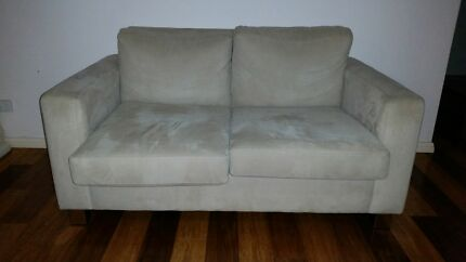Cream fabric 2 seater couch Ashtonfield Maitland Area Preview