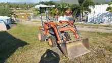 Kubota front loader B4200 Stuart Townsville City Preview